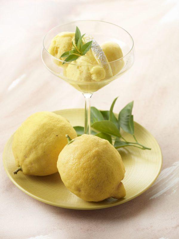 Gelato van limoncello