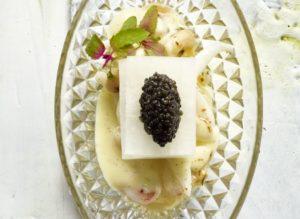 Zeekat, boontjes, kaviaar en aardappel-vanille