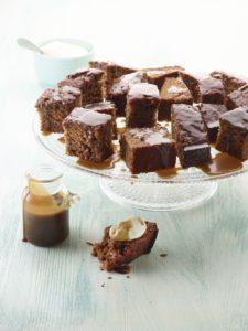 Sticky dadelcake met karamel