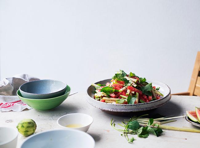 Salade van watermeloen, groene appel en limoen